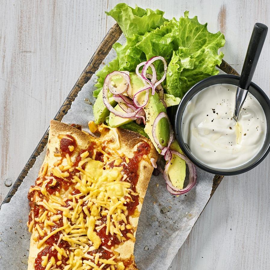 Enchiladas med avokadosallad