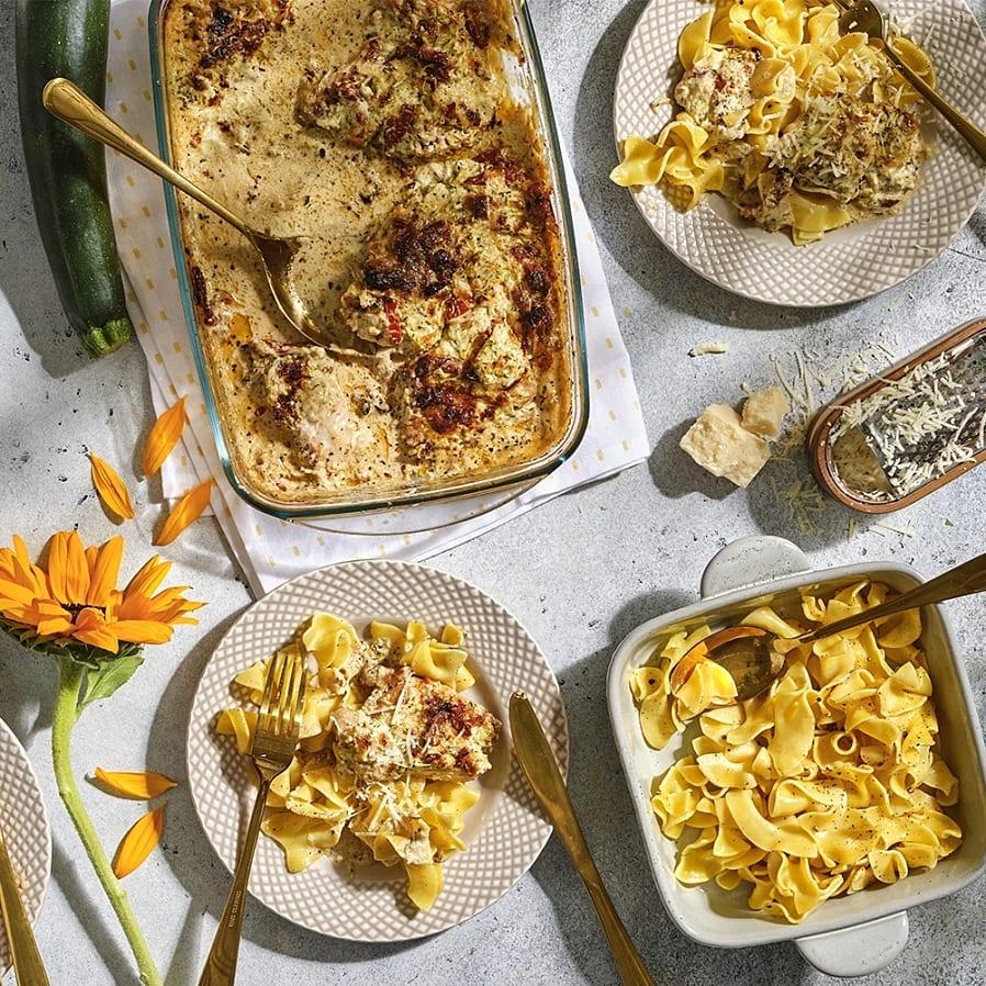 Krämig kyckling i ugn med pasta