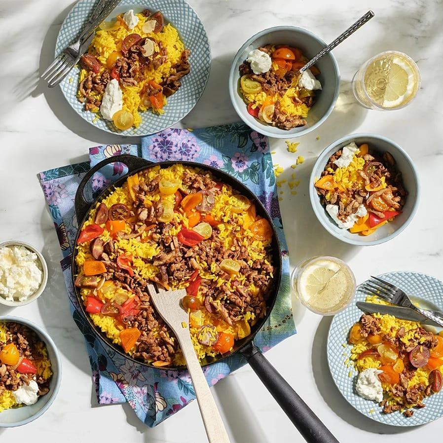 Paella med kyckling och paprika