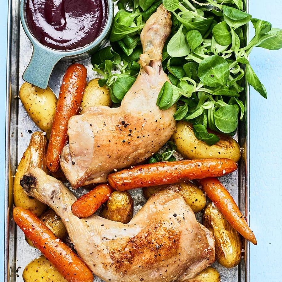 Allt i en form - kycklingklubba med rostad potatis