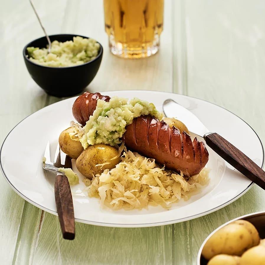 Bockwurst med surkål och äppelpepparrot