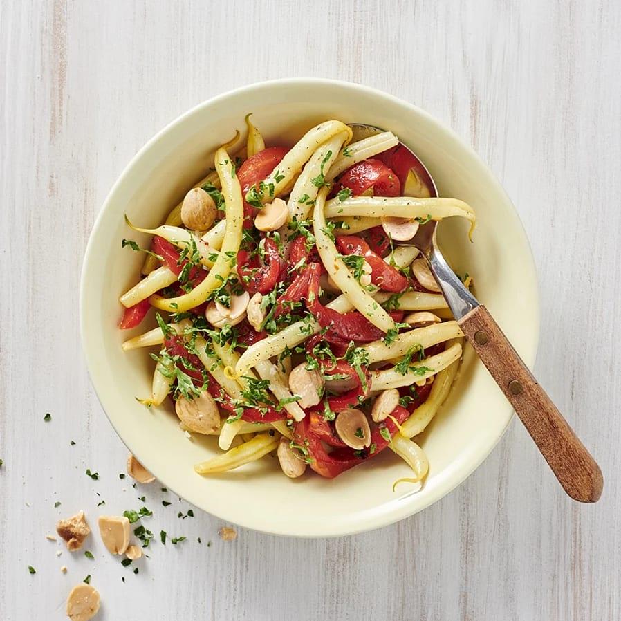 Vaxbönor med grillad paprika och mandel