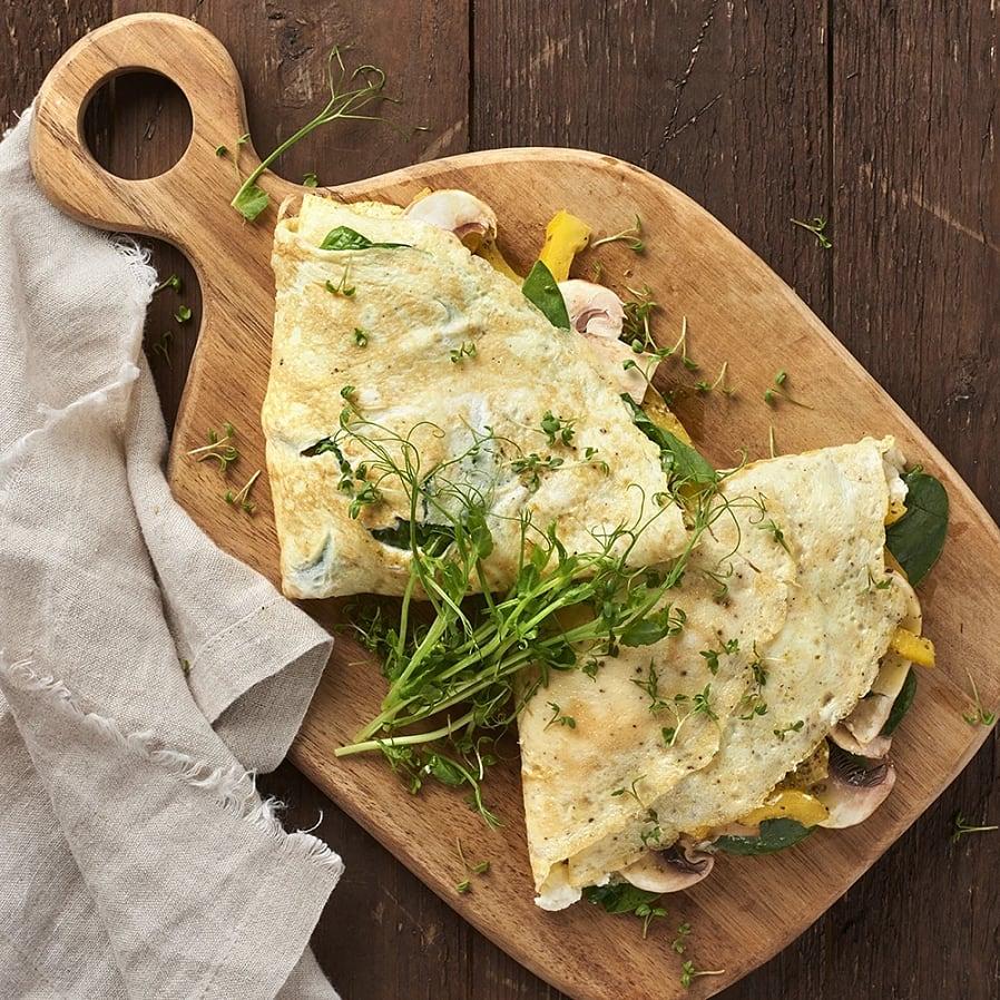 Hopvikt omelett med svamp och spenat