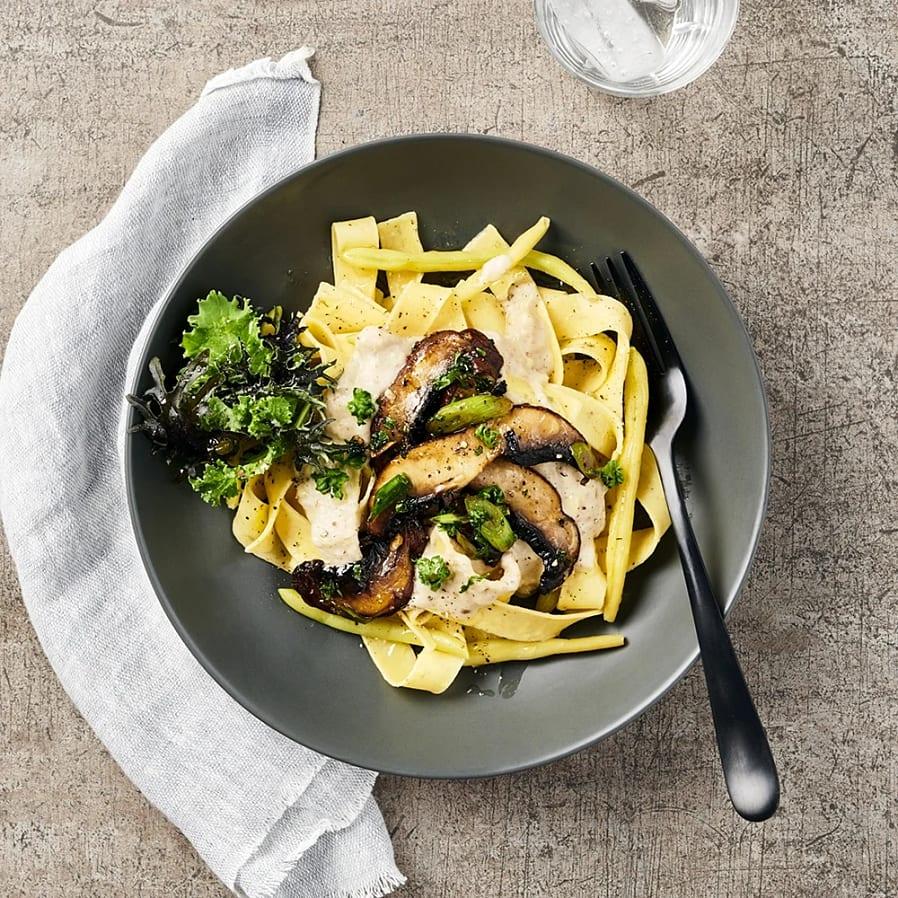 Pasta med krämig jordärtskocka och portabello