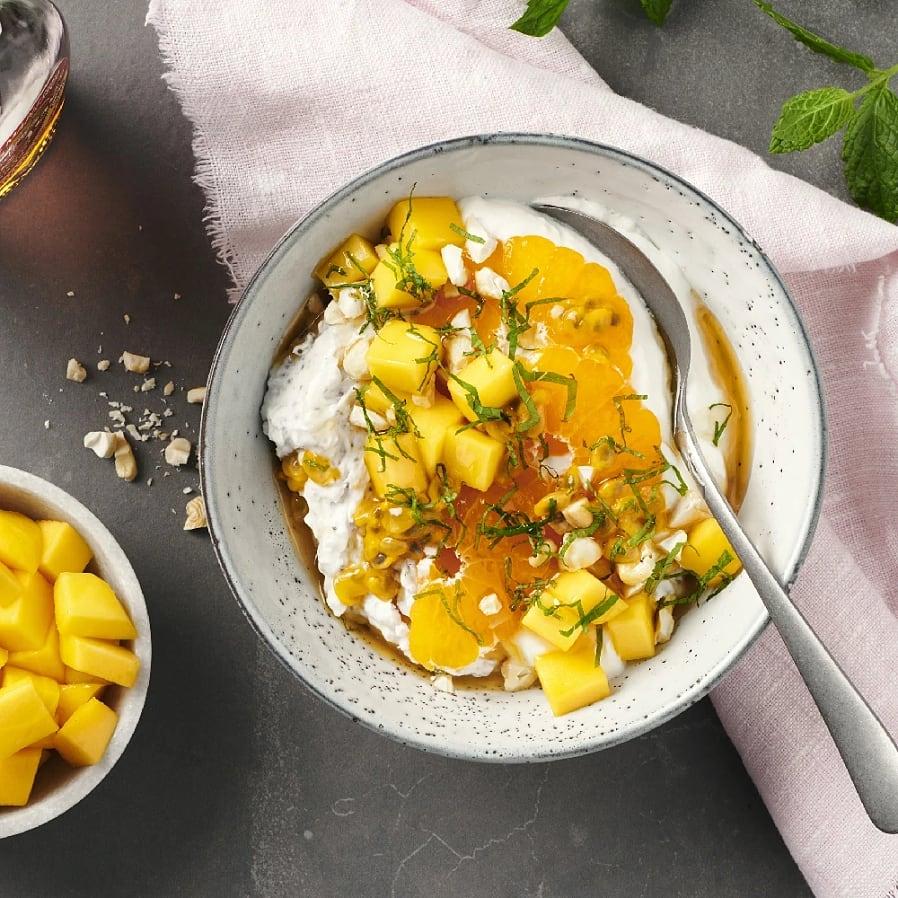 Chiapudding med kokosmjölk och färska frukter