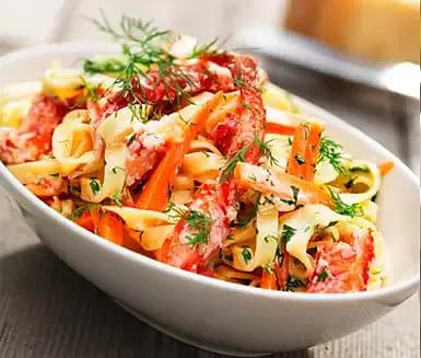 Krabba med grön tabasco och pasta