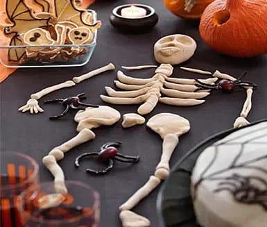 Trolldeg till benknotor till Halloween