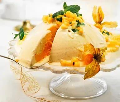 Glassbomb med ananas, passionsfrukt och lime