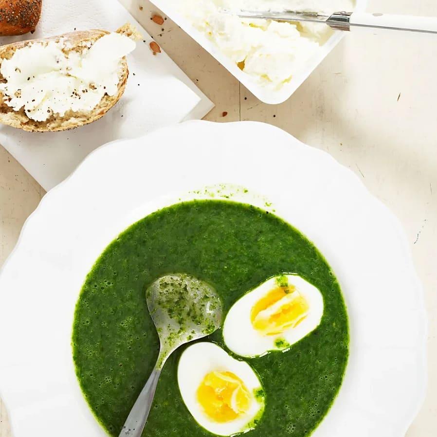 Grönkålssoppa med ägg