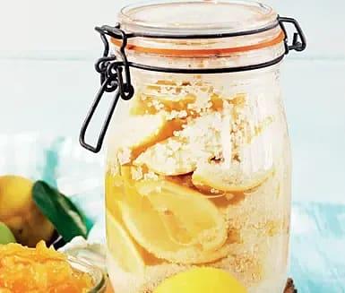 Saltinlagda citroner