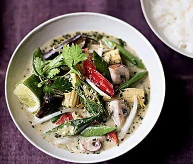 Vegetarisk thaicurrysoppa