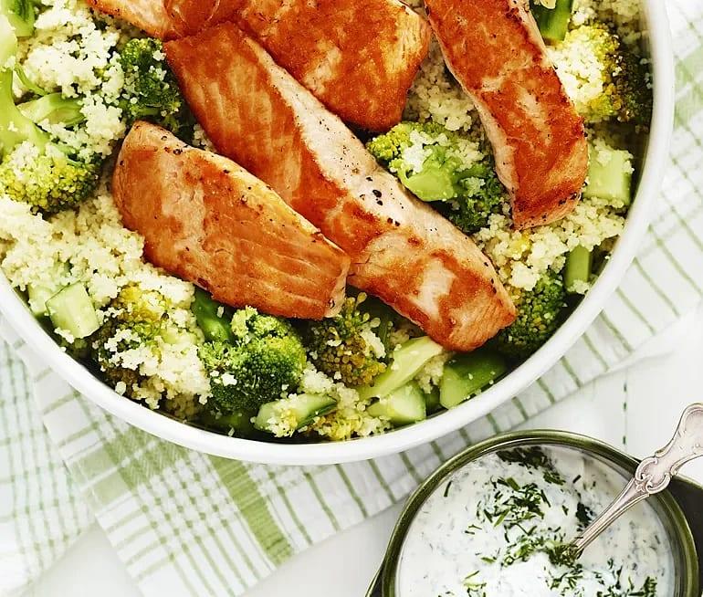 Lax med citron och broccolicouscous