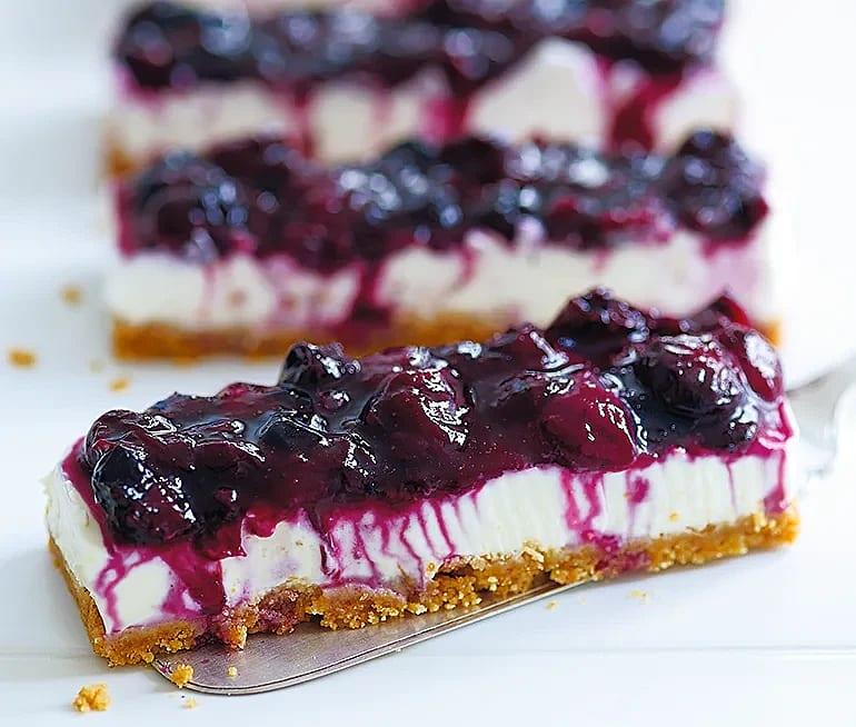 Cheesecake med blåbär och citron