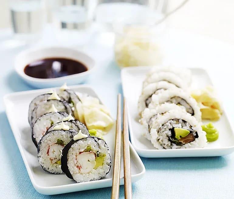 Sushi med havskräfta och lax