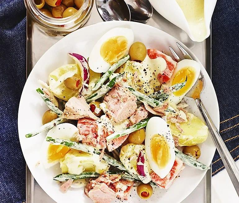 Ljummen potatissallad med tonfisk och ägg