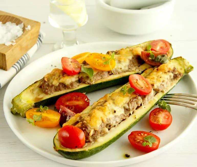 zucchini och köttfärs