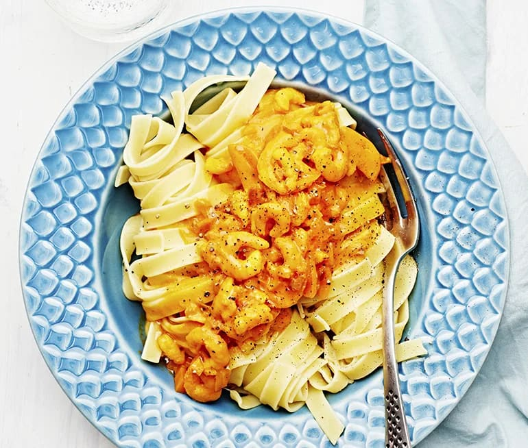pasta räkor saffran tomat