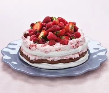 midsommartårta choklad jordgubbar