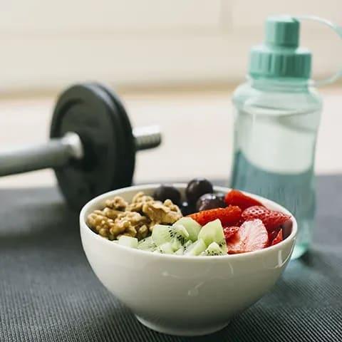 träna direkt efter maten