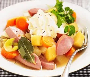 falukorv potatis morötter gryta