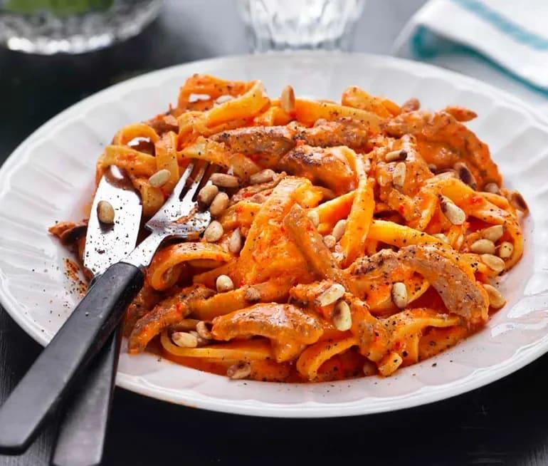 krämig pasta med fläskfile